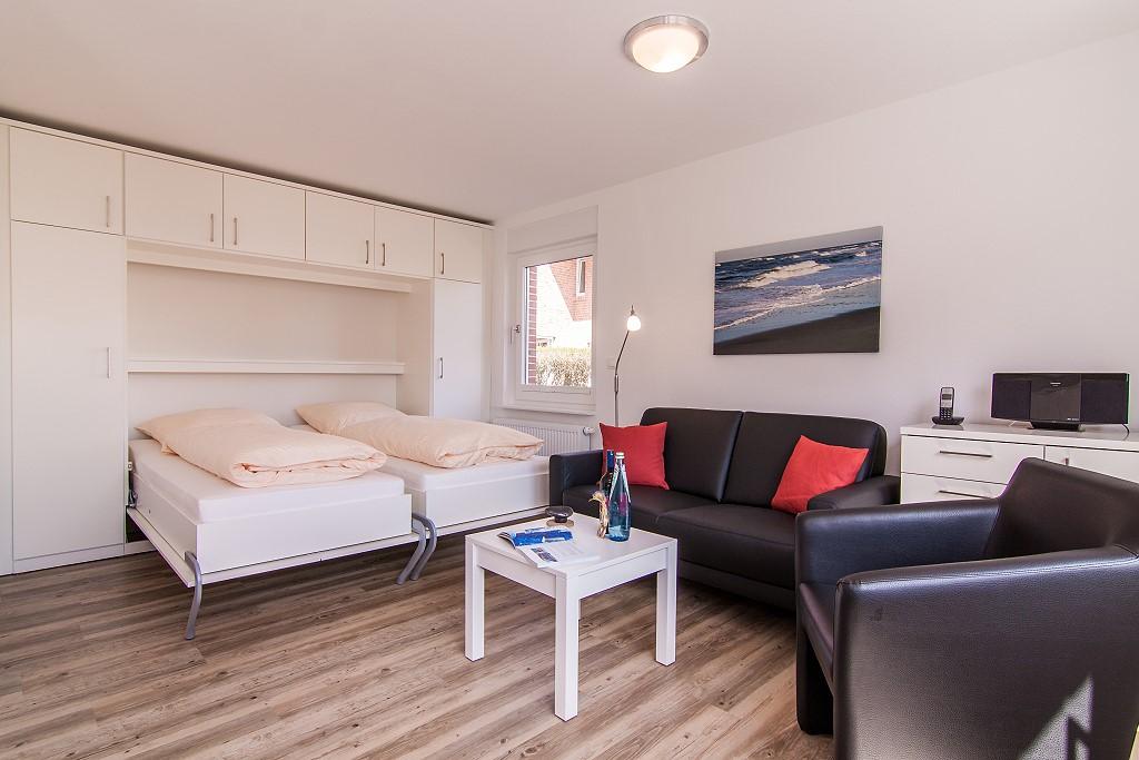 wohnung 1. Black Bedroom Furniture Sets. Home Design Ideas